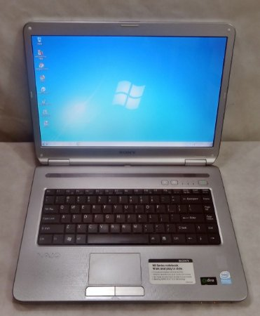 Notebook Sony VGN-NR330E 14'' Pentium Dual Core 1.73GHz 3GB HD-160GB