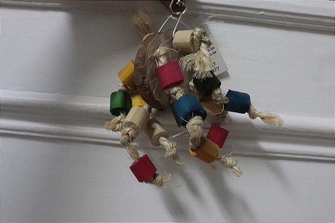 Brinquedo De Madeira Colorida Com Cordas