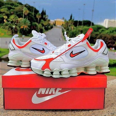 Tênis Nike Shox Novo 12 Molas TL - Branco/Laranja