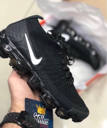 tênis nike air vapormax flyknit 2- Preto Branco - Stillus Outlet 9be7e5d4e2d15