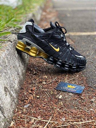 Tênis Nike Shox TL - Preto/Dourado