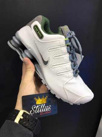 Tênis Nike Shox - Branco/Cinza