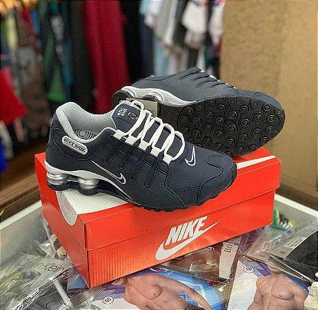 Tênis Nike Shox - Azul/Branco