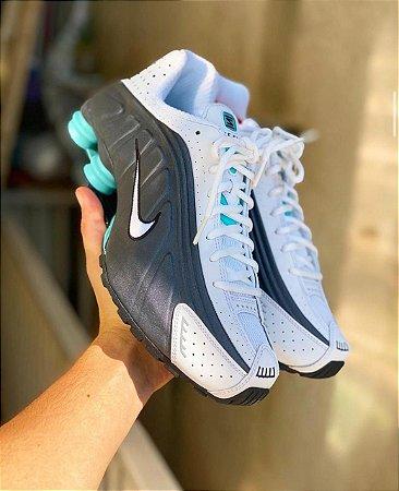 Tênis Nike Shox R4 - Prata/verde