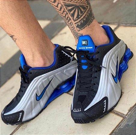 Tênis Nike Shox R4 - Prata/Azul