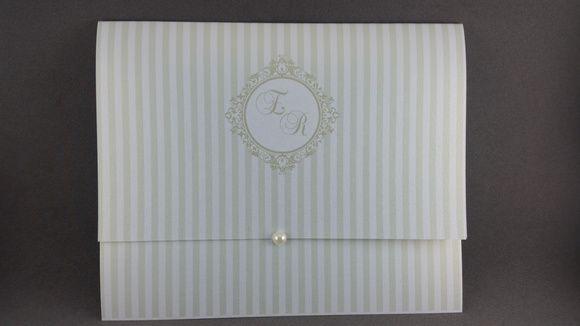 Convite de casamento metalizado + pérola