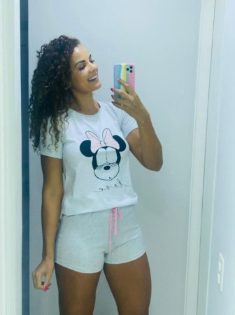 Pijama shorts e camiseta cinza Minnie Love