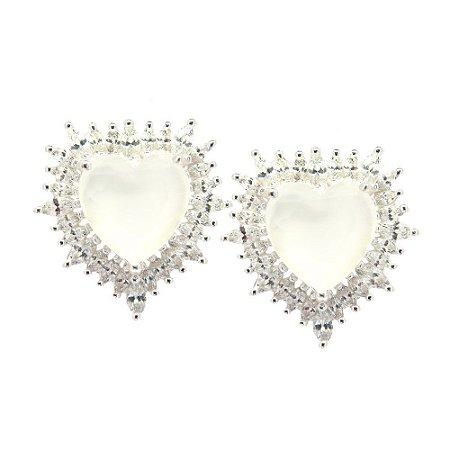 Brinco Semijoia Coração Milk Jade Cravejado Zircônias Diamond Folheado Prata BR044