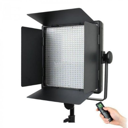 Led Vídeo Light Godox 1000C 3300-5600K com Controle Digital