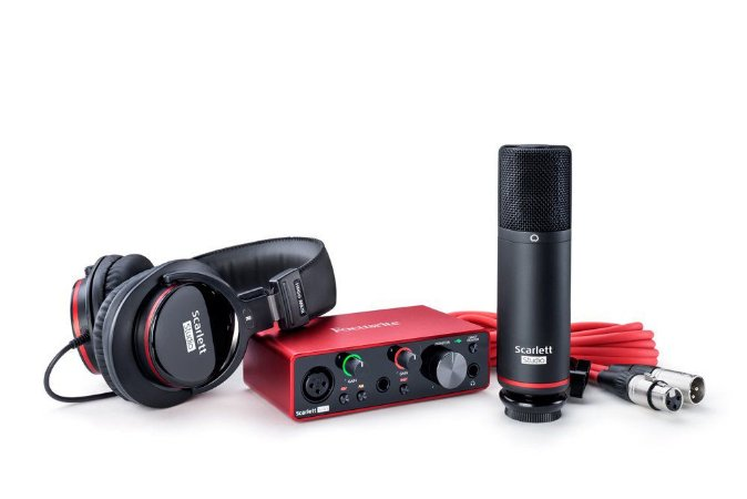 KIT INTERFACE FOCUSRITE SOLO STUDIO  MI Nr Serie: P78RGGTP7PWMUN960467 / P7PWMUN9604670 /