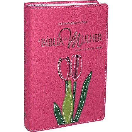Bíblia da Mulher - Capa Rosa com Flor Costurada - RA