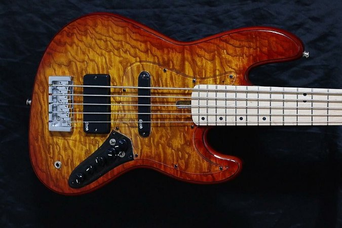 Super Jazz Bass 5C modelo 2 -  Sunburst