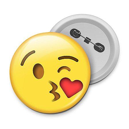Botton Emoticon - Emoji Beijinho com Amor