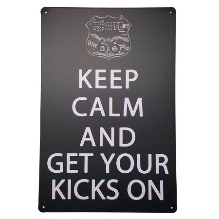 Placa de Metal Decorativa Keep Calm Kicks on