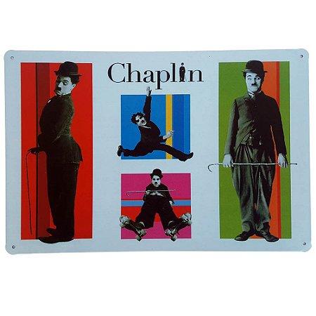 Placa de Metal Decorativa Chaplin - 30 x 20 cm