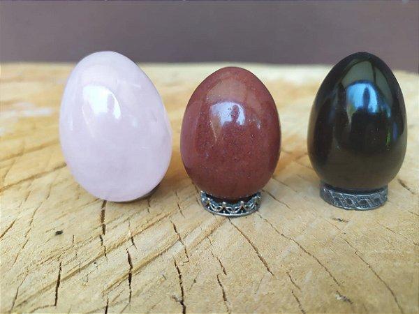 Kit com 3 Yoni Eggs SEM FURO - Quartzo Rosa, Jaspe Vermelho e Obsidiana