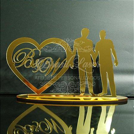 Topo de Bolo Casal Homoafetivo Gay LGBT (Personalizado com Iniciais que o Cliente Desejar) - TBC 00546A