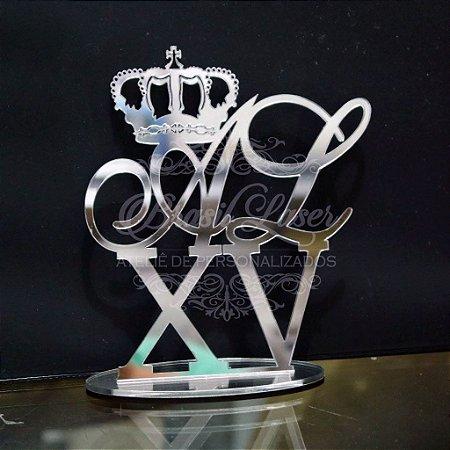 Topo de Bolo com Coroa (Personalizado com Inicial(is) e Idade que o Cliente Desejar) - TBV 01028A