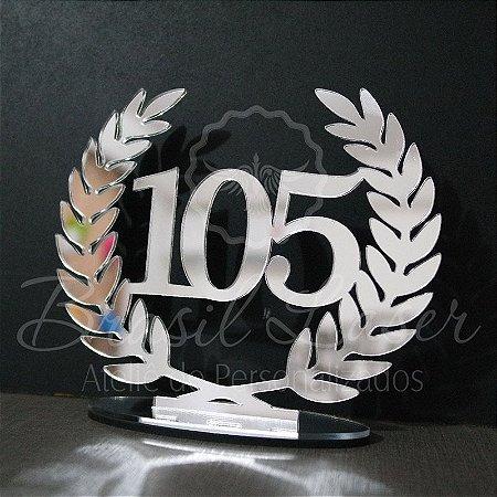 Topo de Bolo Brasão Coroa com Louros (Personalizado com Idade que o Cliente Desejar) - TBB 00124E