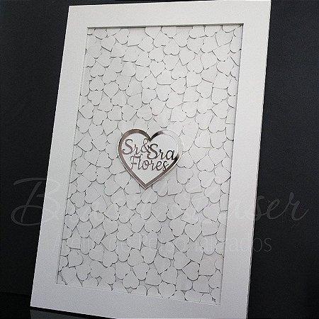 Quadro de Assinaturas Coração Sr & Sra Pintado com Acrílico Espelhado Personalizado com o Sobrenome do Casal - QAV 01007A
