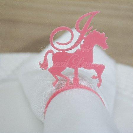 1 Porta Guardanapo Cavalo Carrousel com Inicial que desejar da Debutante 15 Anos XV - #Quant.Mínima: 10 unidades iguais# PGP 02006A