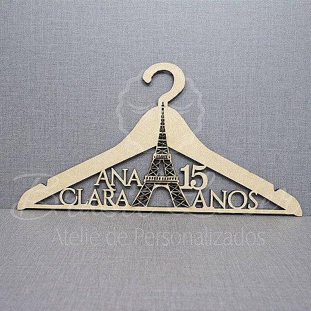 Cabide Personalizado Paris Torre Eiffel com o Nome da Debutante e Idade Desejada XV 15 Anos - CAV 01037A