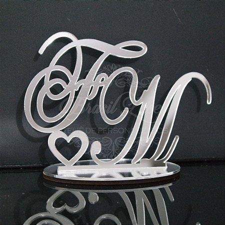 Topo de Bolo com Coração (Personalizado com Iniciais dos Noivos ou do Casal que o Cliente Desejar) - TBV 01002D