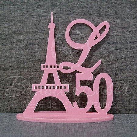 Topo de Bolo Torre Eiffel Paris (Personalizado com Inicial e a Idade da Debutante ou Aniversariante que o Cliente Desejar) - TBV 01110B