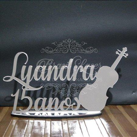 Topo de Bolo Violino (Personalizado com Nome e Idade Debutante 15 anos XV ou Aniversariante que o Cliente Desejar) - TBV 01094A