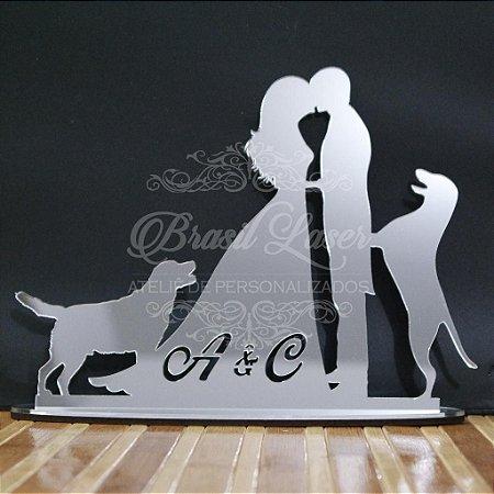 Topo de Bolo Casal com 2 Cachorros (Personalizado com as Iniciais que o Cliente Desejar) - TBC 00503D