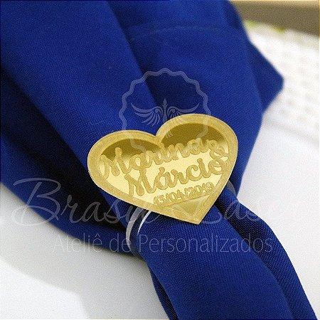 1 Porta Guardanapo em Acrílico Coração Casamento com os Nomes do Casal e a Data do Evento (Pintado e Sem Pintura) - #Quant.Mínima: 10 unidades iguais# PGV 01109A