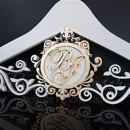 Cabide com Brasão Personalizado com as Inicial(is) dos Noivos ou Debutante - CAB 00106B