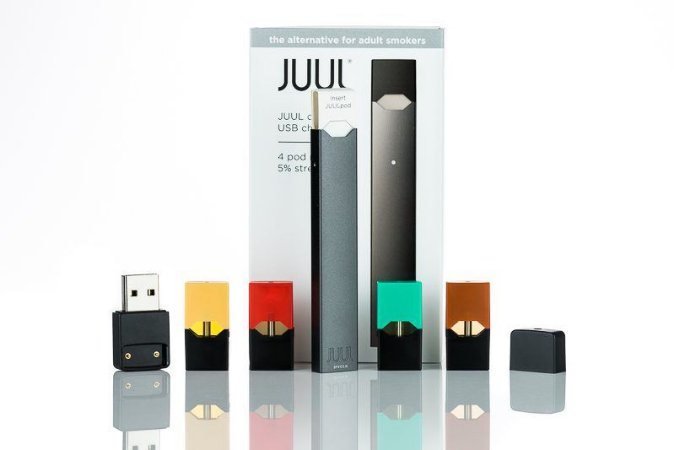 KIT JUUL  COM 4 PODS E CARREGADOR
