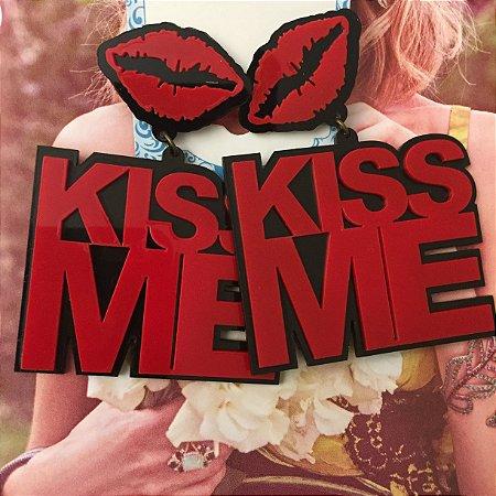 Max brinco kiss
