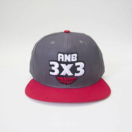 Boné ANB3X3 Snapback Cinza/Vermelho