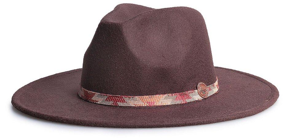 Chapéu Fedora Marrom Aba 8cm Faixa Incas Vermelho e Laranja