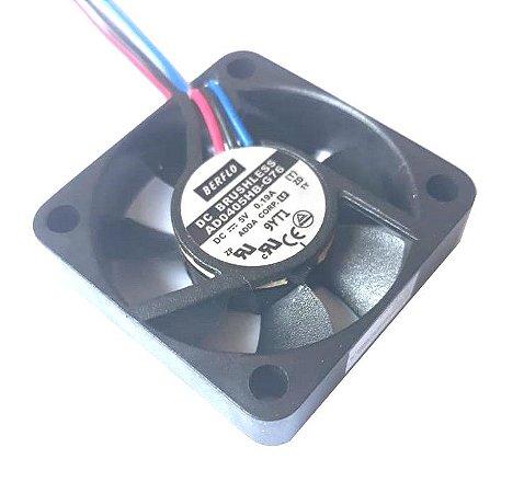 COOLER 40X40X10 - 5V - ROLAMENTO 0.19 AMP - 0.95 WATTS - 6000 RPM - 6,20 CFM - BERFLO AD0405HBG76