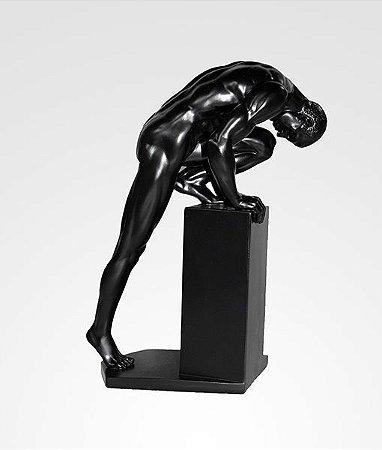 Escultura Homem alongando