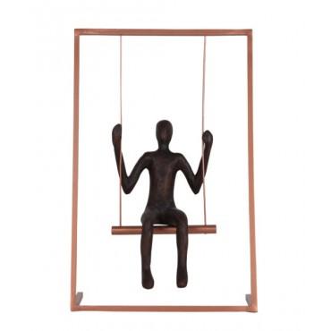 Escultura Homem balançando