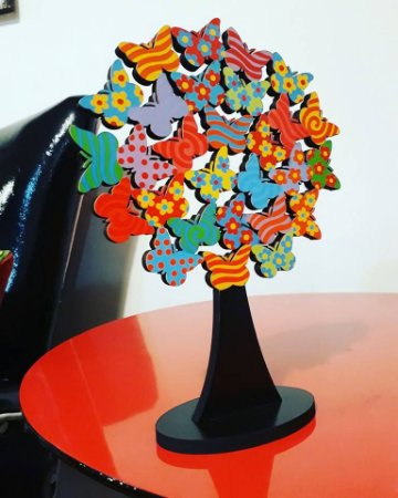 Escultura Árvore Borboletas P