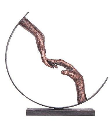 Escultura Toque de Dedos
