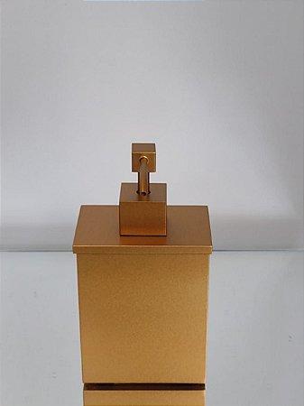 Saboneteira Líquida Retangular Dourada Fosca de Latão