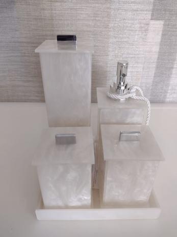 Conjunto de Potes para Banheiro 05 peças em Acrílico Pérola Elegancy - Decor Acrílicos