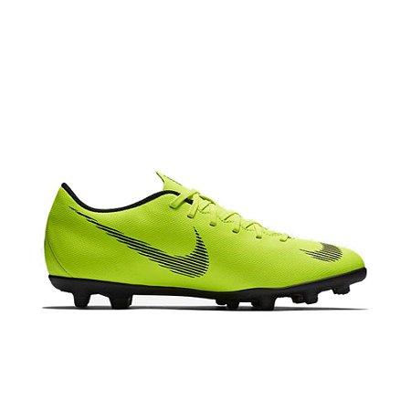 Chuteira Nike Campo Vapor 12 Club FG/MG