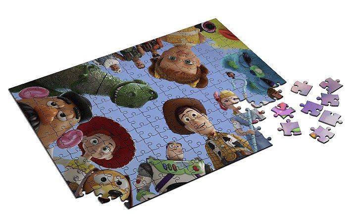 Quebra Cabeça Toy Story Com Caixa em MDF