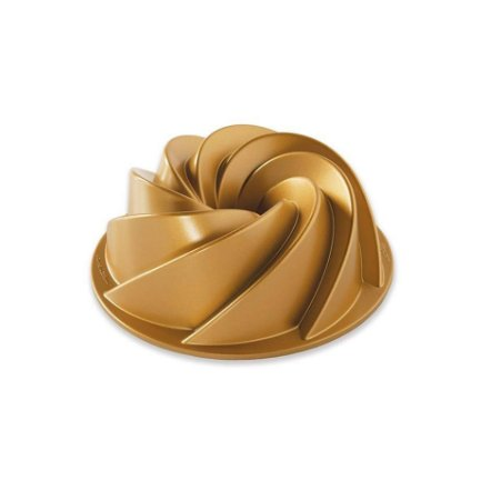Forma para Bolo Confeitaria Heritage Gold Grande Nordic Ware