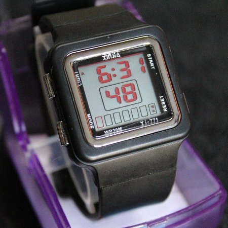 Relógio Masculino iNFANTIL UNISSEX Digital PRETO Resistente a Respingos de Agua Tipo G SHOCK XINJIA ORIGINAL multi funçõ
