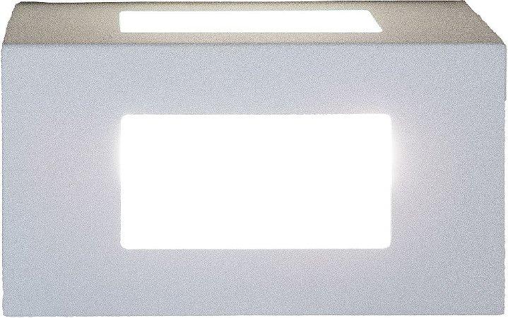 Arandela de Alumínio - 15x8x8cm - Branca