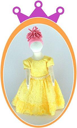 Vestido em Renda Amarelo com Pérolas no Cinto