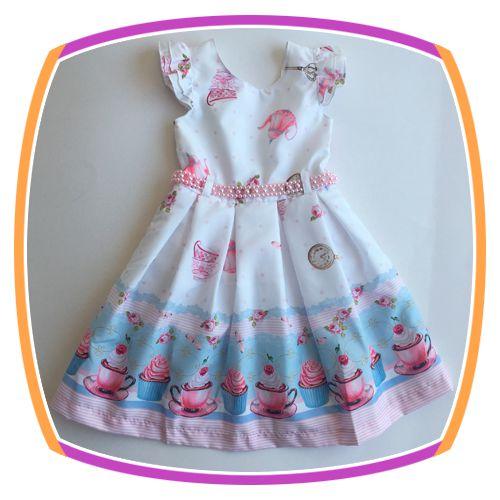 Vestido infantil com Estampa de Cup Cake em tons de Azul e Rosa